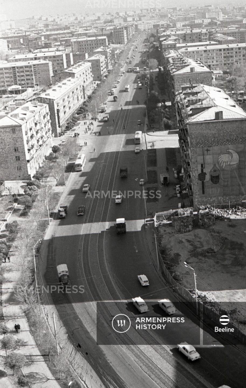Երևանյան համայնապատկեր. Կոմիտասի պողոտա