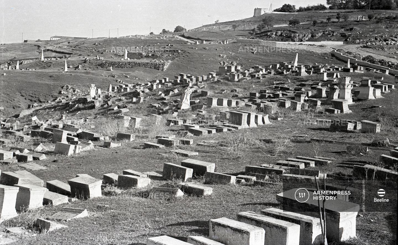 Շուշիի հայկական գերեզմանոցը