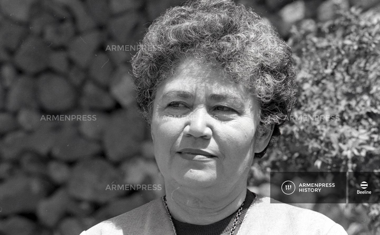 Բանաստեղծուհի Սիլվա Կապուտիկյան