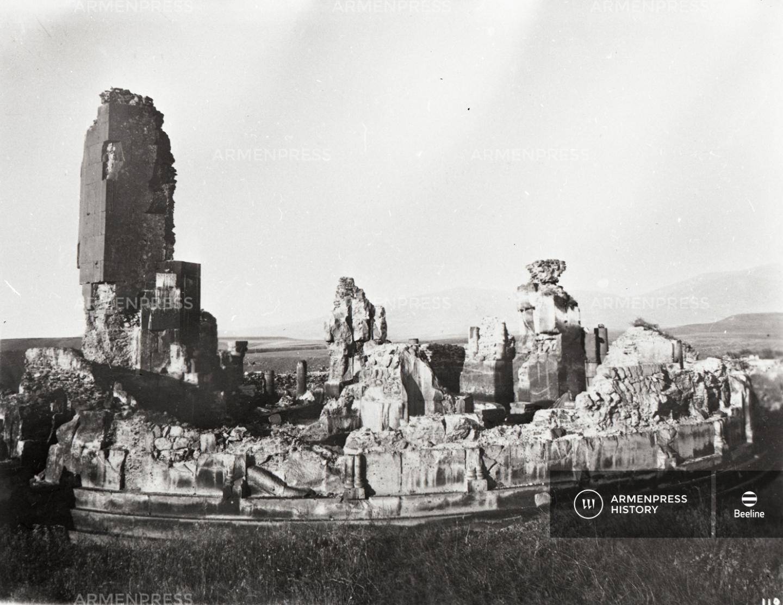 Անիի Սուրբ  Գրիգոր Լուսավորիչ տաճարի ավերակները