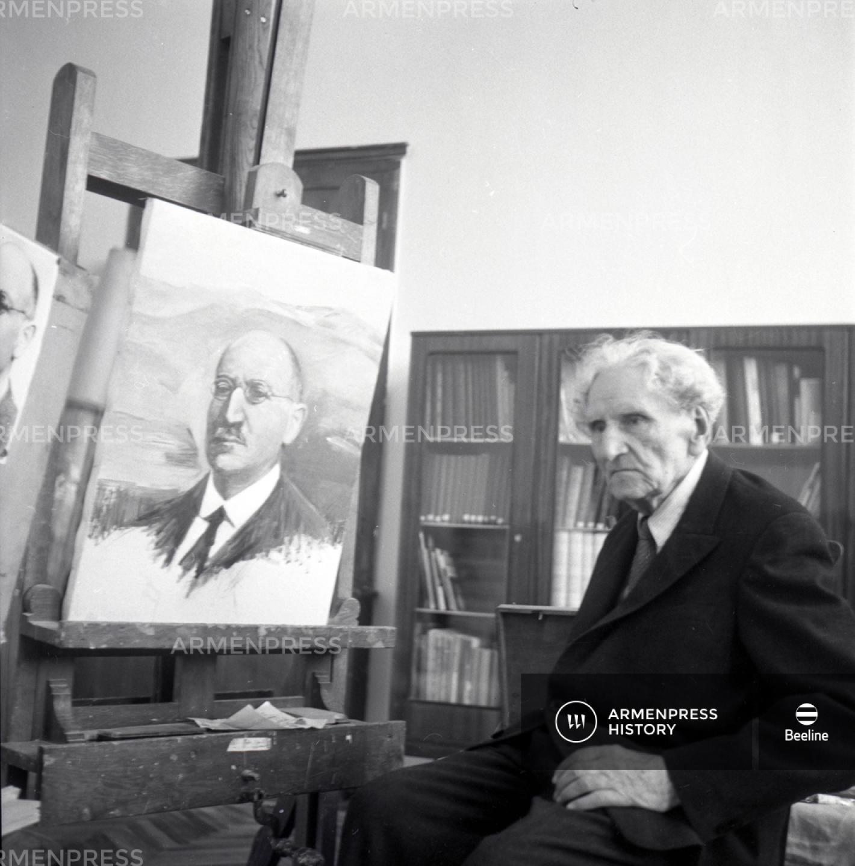 Մարտիրոս Սարյանն Ալ. Սպենդիարյանի դիմանկարը կերտելիս