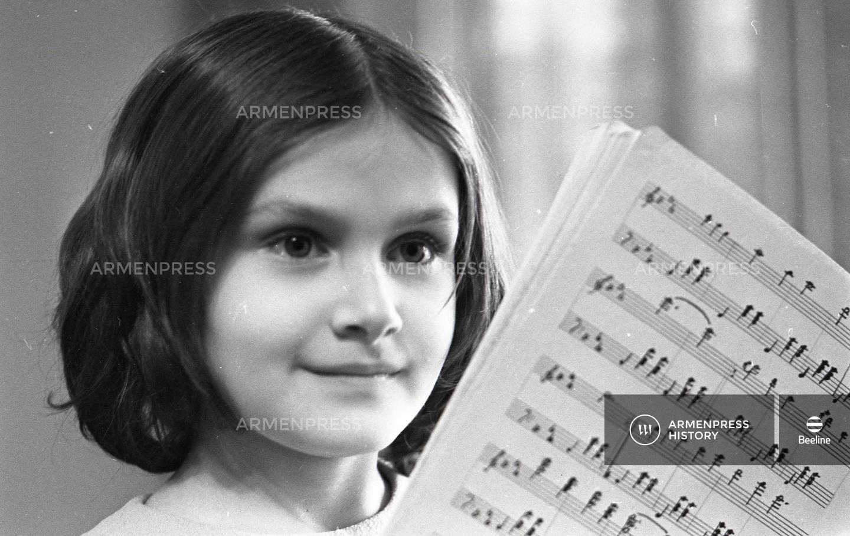 8-ամյա կոմպոզիտորը