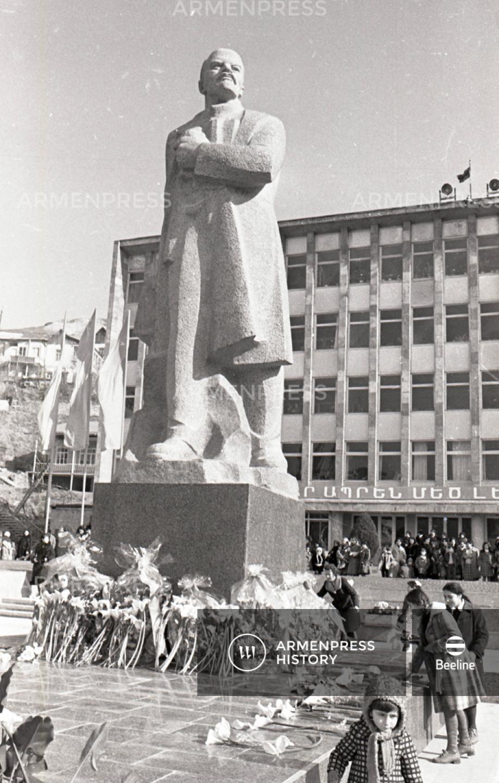 Լենինի հուշարձանը Դիլիջանում