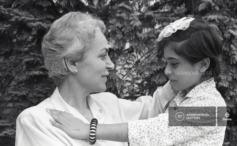 Ադրբեջանցիների մոտից բերված երեխան