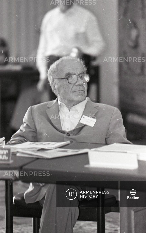 Աստղագետ և աստղաֆիզիկոս Վիկտոր Համբարձումյան
